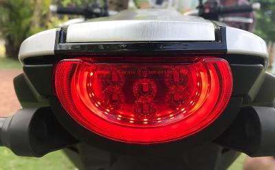 đèn hậu CB1000R PLUS Limited Edition