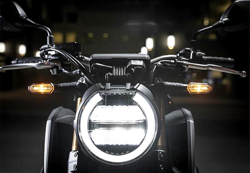 đèn pha Honda CB650R 2022