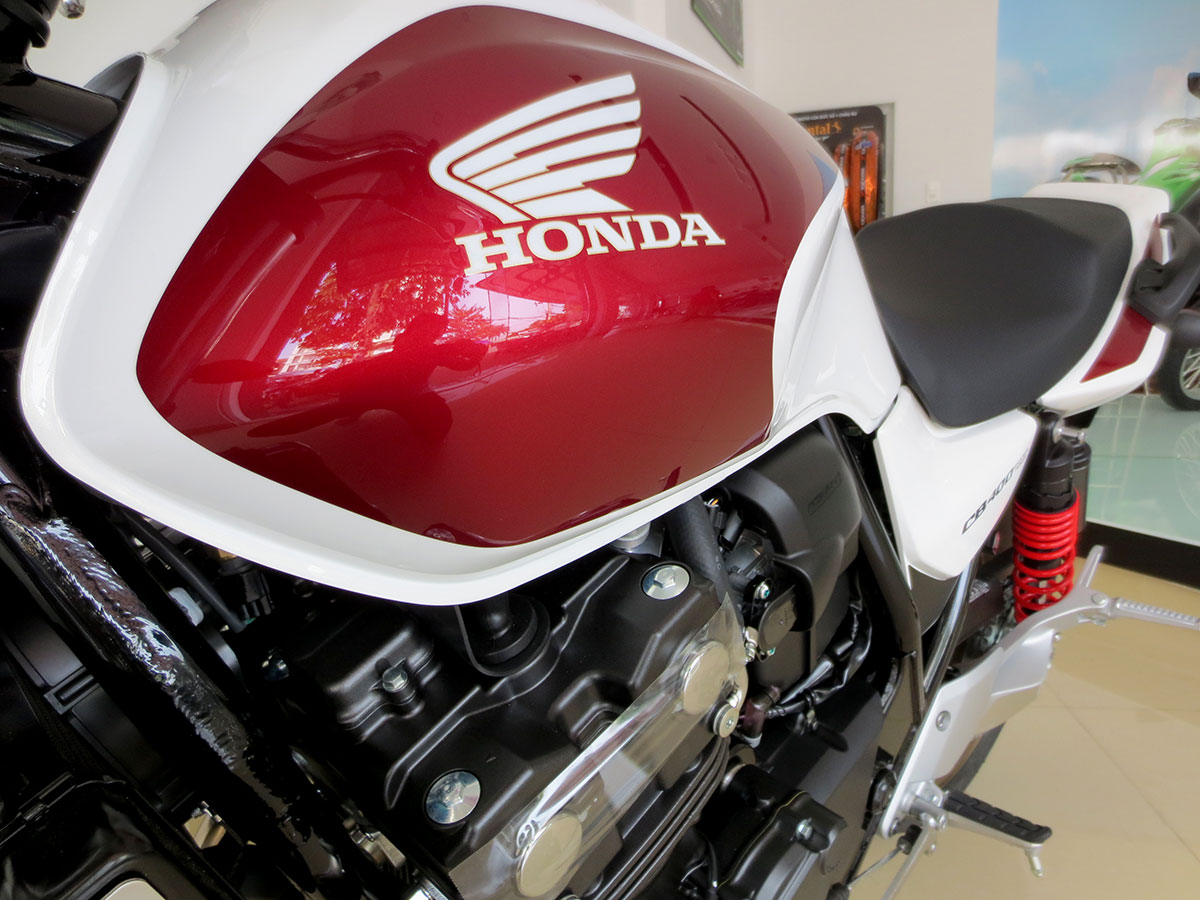 Thùng xăng Honda CB400SF 2018