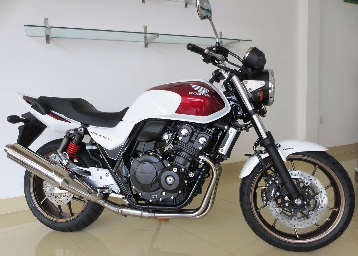 Honda CB400SF 2018 màu đỏ trắng