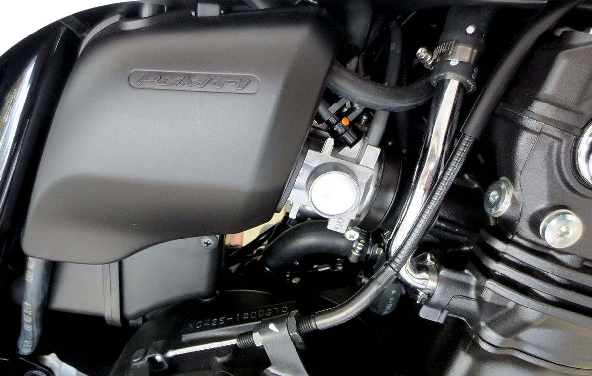 Phun xăng Honda CB400SF 2018